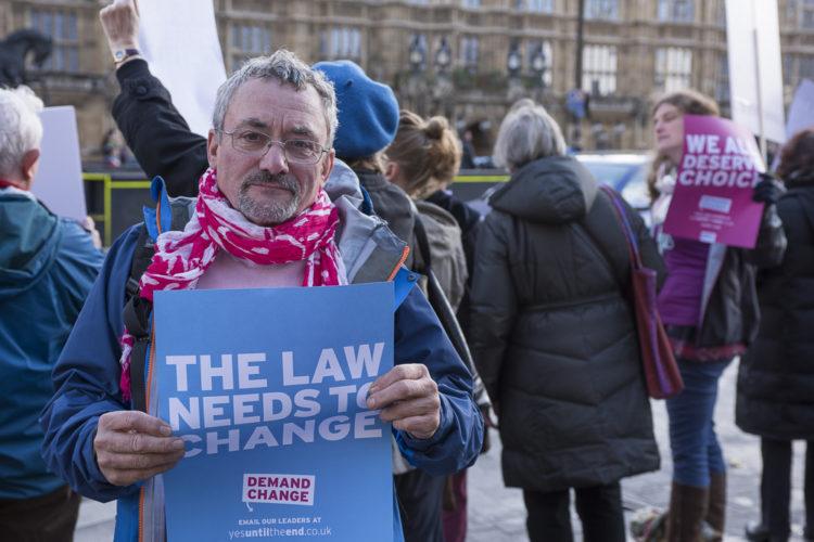 Bob Cole outside Parliament