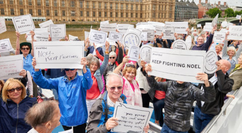 Supporters head to River Thames for Noel Conway